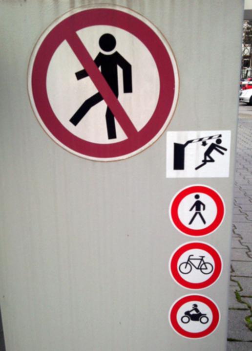 nicht zu Fuß!